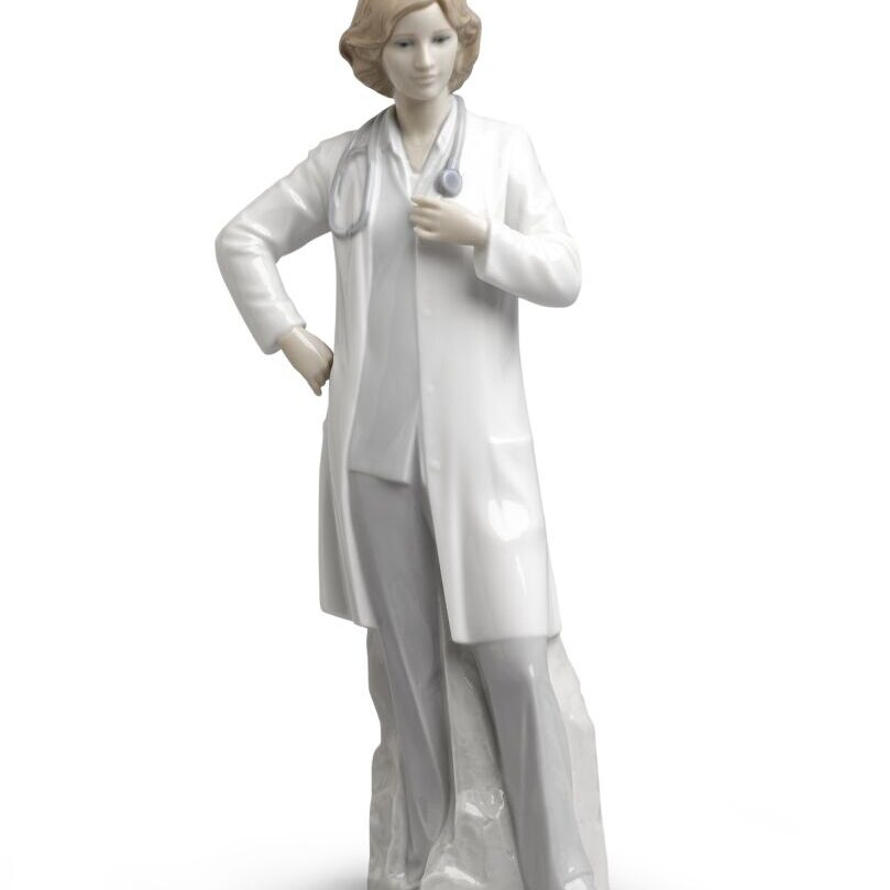 Lladro female doctor1_945x315